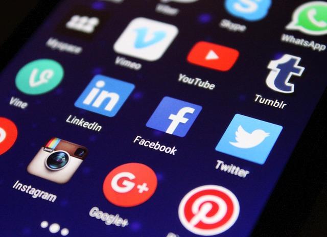 aplikace sociálních sítí