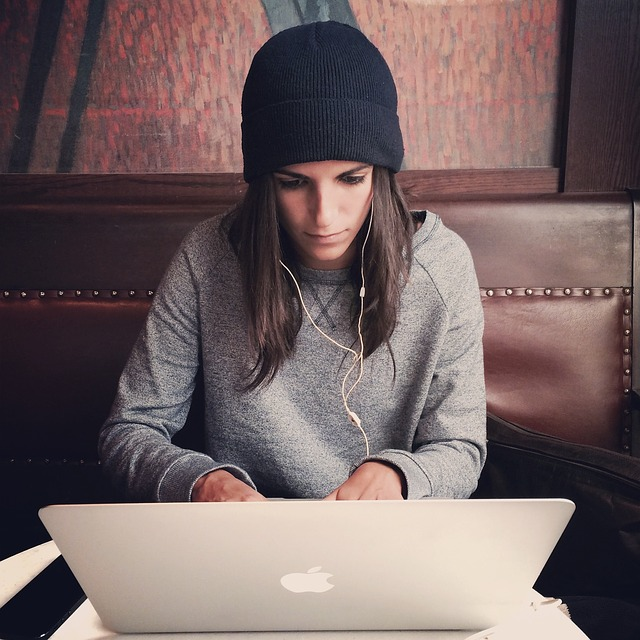 laptop jablko