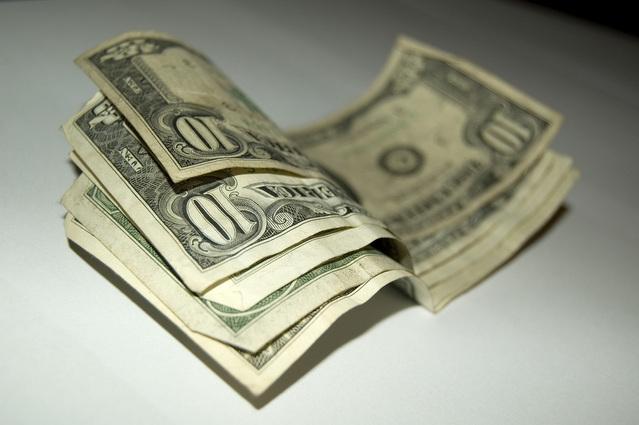 přehnuté bankovky